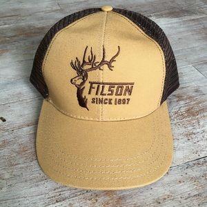 NWOT Filson Mesh Back Trucker Hat